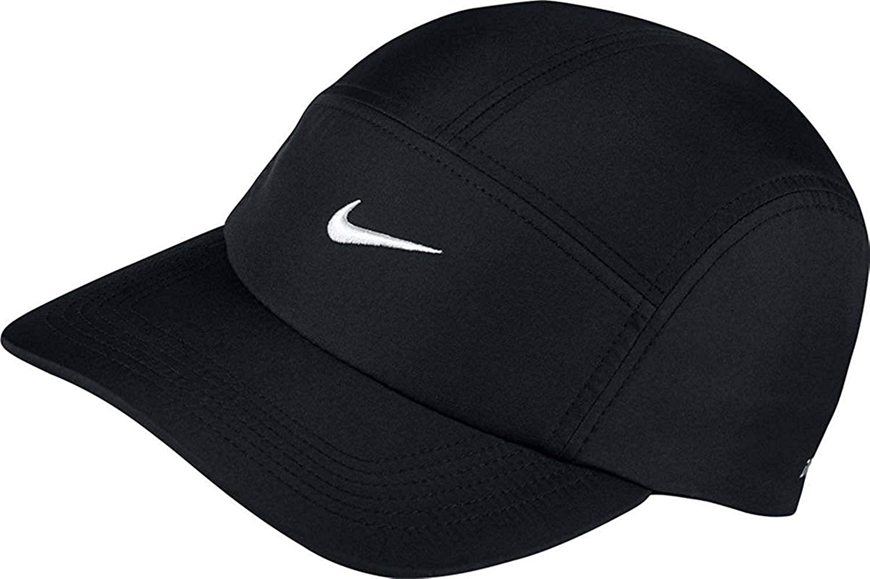 1bc55287300 Amazon.com  NIKE Mens U NK AW84 Cap Core 919829-010 - Black White  Sports    Outdoors