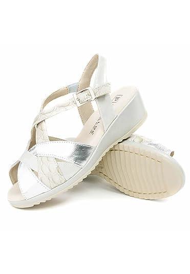 523cab8ef96c2 Chaussures à lacets Kickers Legendoknew pour Femme Escarpins Made by ...