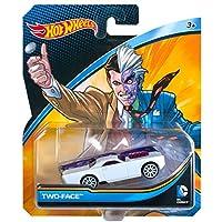 Hot Wheels DC Universe Vehículo de dos caras