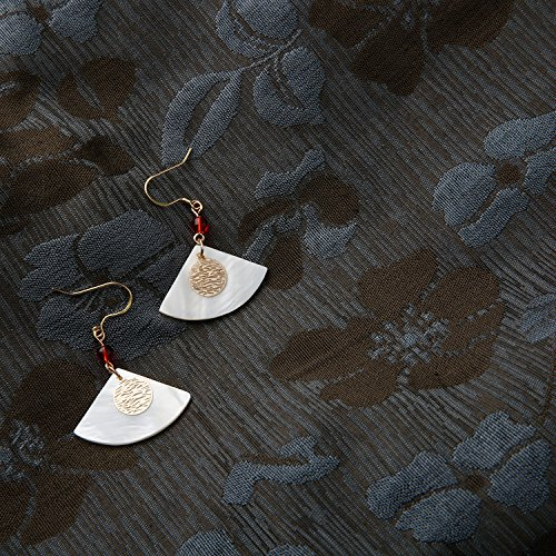 - (Huan) natural shell pierced earrings retro fan-shaped metal minimalist handmade onyx earrings earrings