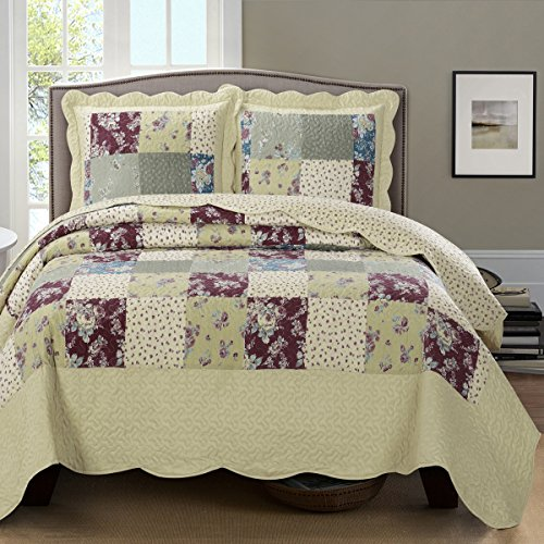 Deluxe Tania Oversized Bedspread Set. A classic, yet modern coverlet, wrinkle-free and soft to the touch. A floral pattern of Purple, and blue. Bed Cover Quilt 3 Pieces California King Set -