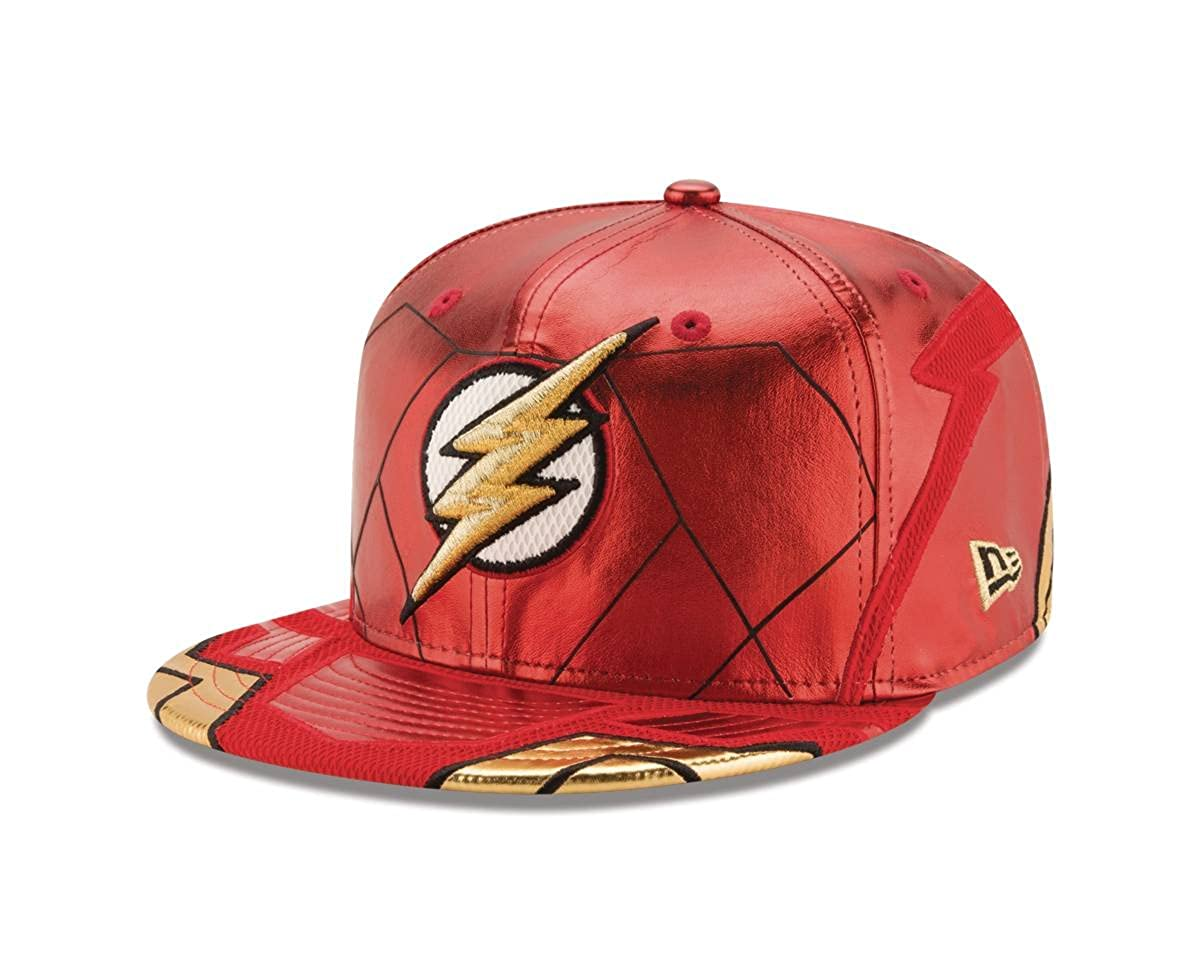 1c3d2388252 Amazon.com  Flash Justice League Armor 59Fifty Fitted Hat  Clothing