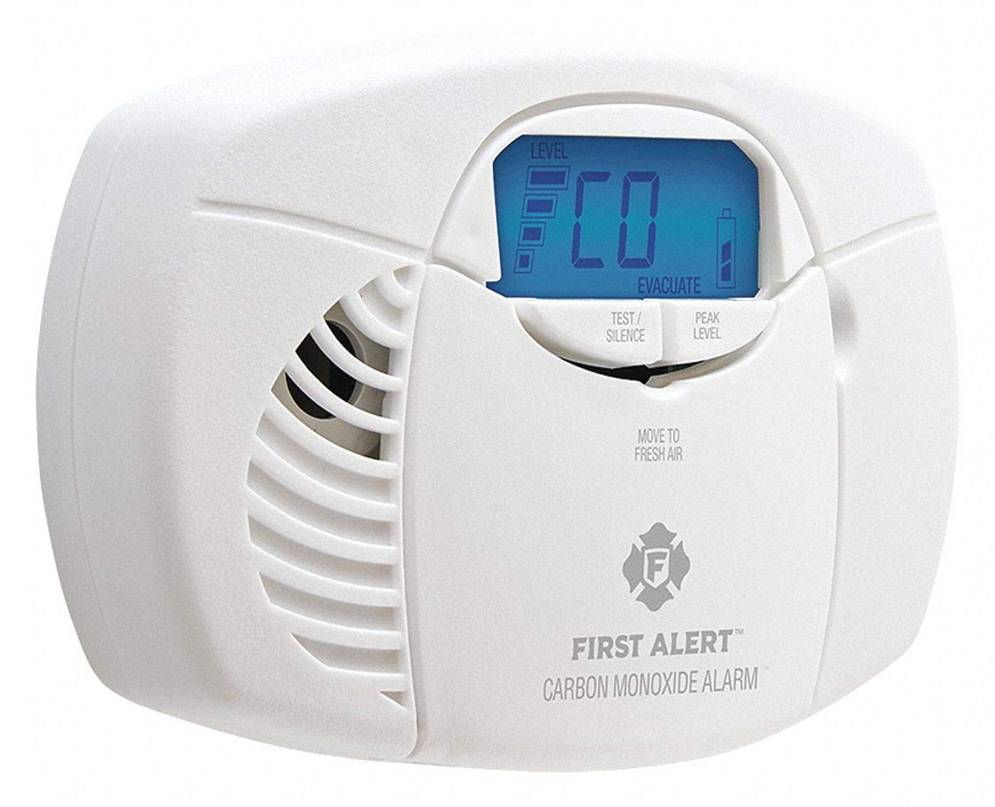 First Alert CO410B Carbon Monoxide Detector, Battery Powered, Digital Display by First Alert
