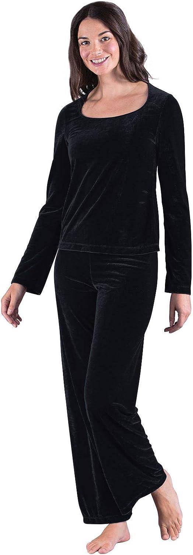1940s Sleepwear: Nightgowns, Pajamas, Robes, Bed Jackets PajamaGram Velour Pajamas for Women - Sexy Pajamas for Women $21.99 AT vintagedancer.com