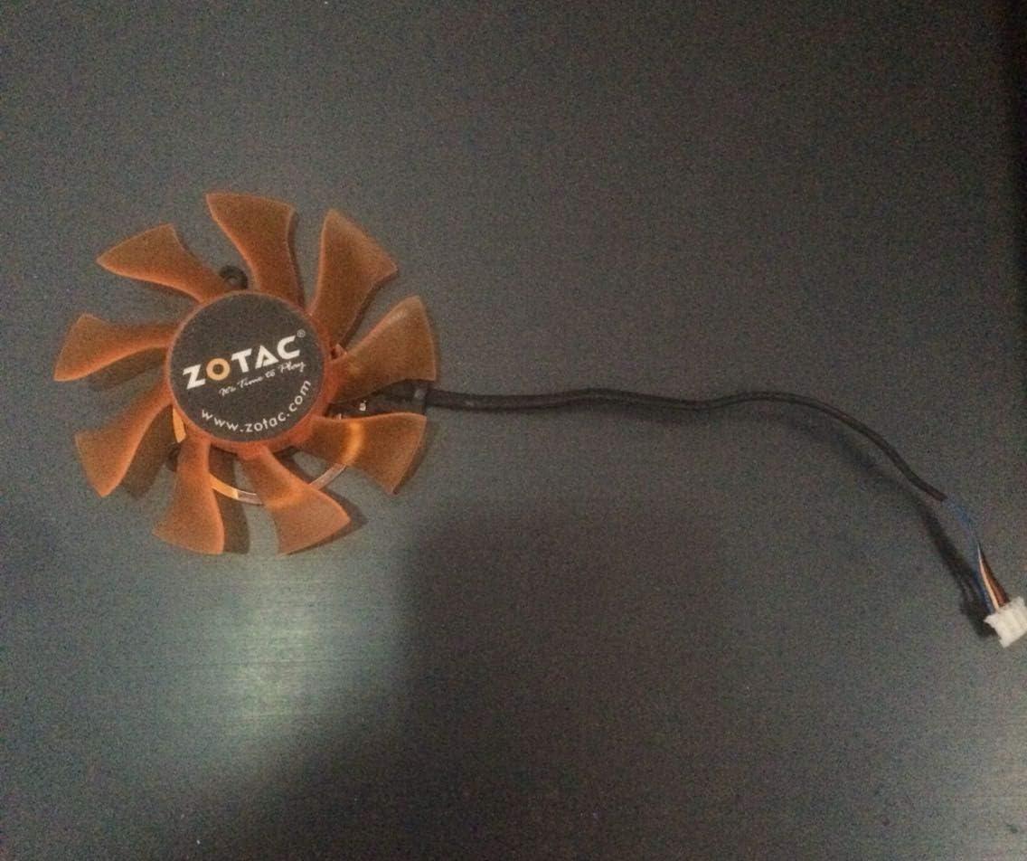GTX560SE PA GTX560 FD8015U12D Graphics Fan 4pins 6 Months Warranty