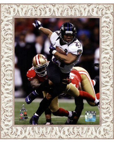 (Poster Palooza Framed Ray Rice Super Bowl XLVII Action- 8x10 Inches - Art Print (White Wash Frame))