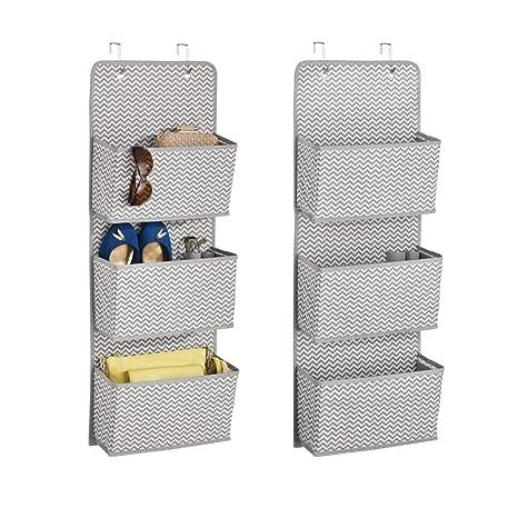 mDesign Estantería colgante para organizar armarios – Percha para colgar ropa de bebe, peluches y