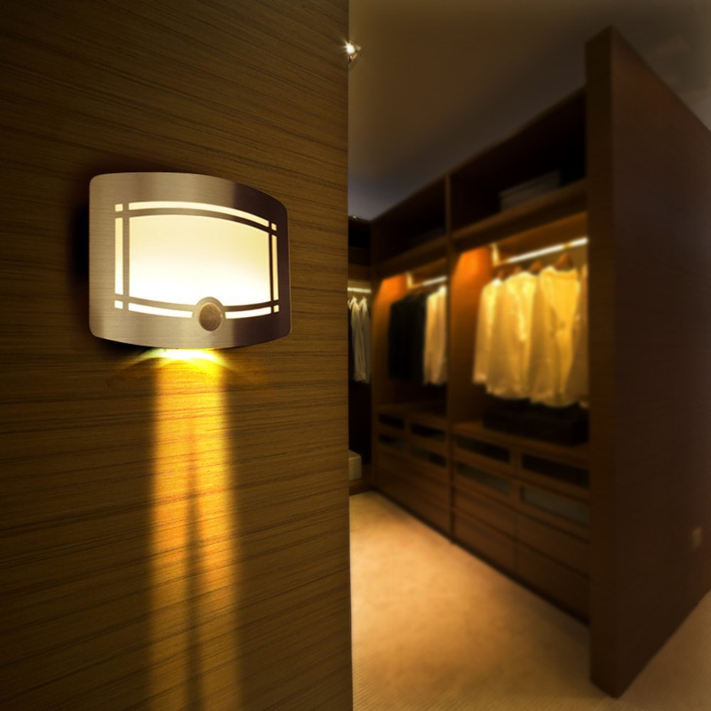 XKTTSUEERCRR Luce LED Notturna con Sensor Movimento Alimentazione a Batteria Struttura in Alluminio per Corridoi, Sentieri e Scale, Giardino, Cortile, Passi Carrai LED20140822-3528-L