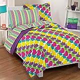 Dream Factory Casual Rainbow Hearts Comforter Set, Full, Multicolor