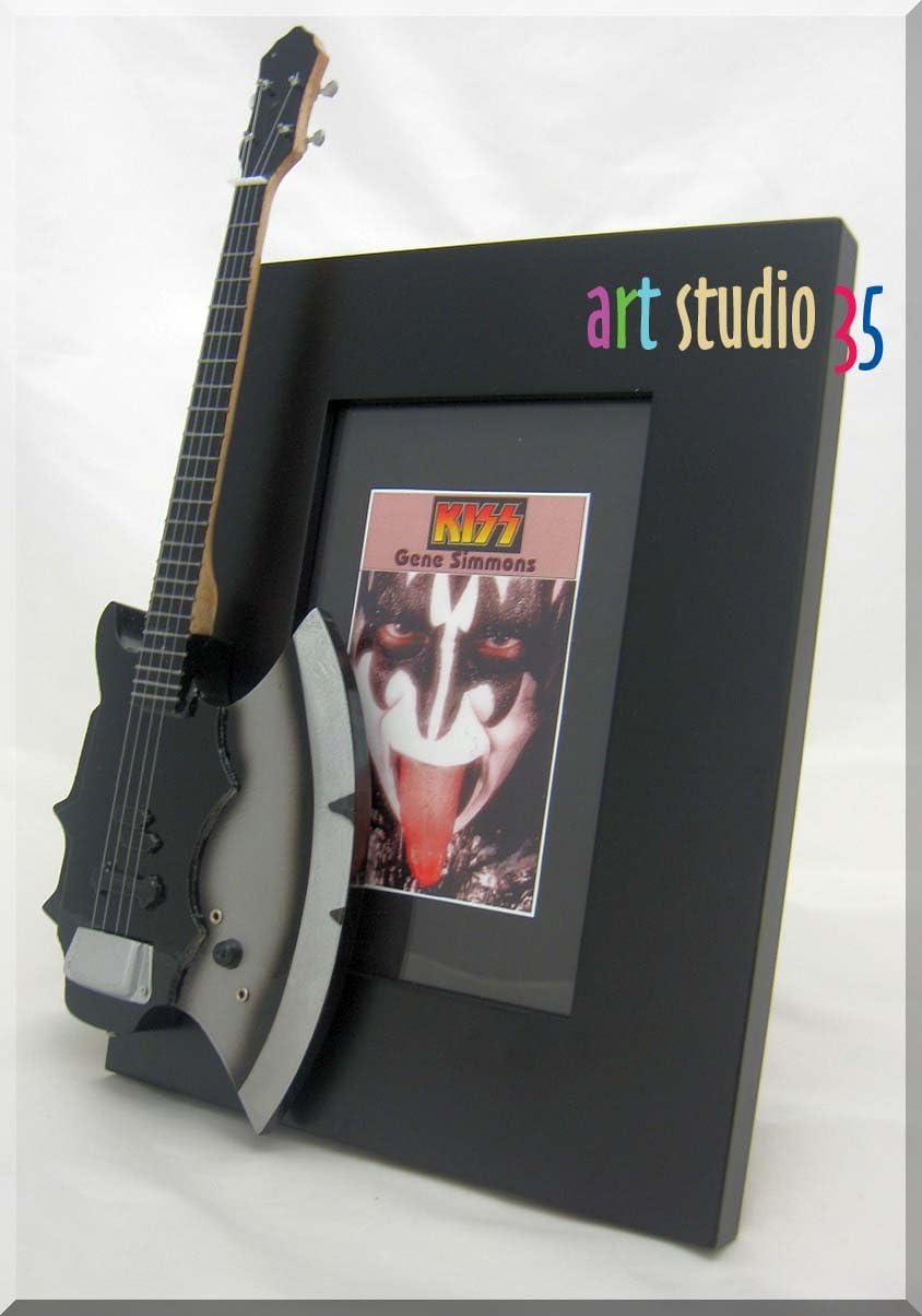 GENE SIMMOMS miniatura Marco de la guitarra Imagen AXE KISS ...