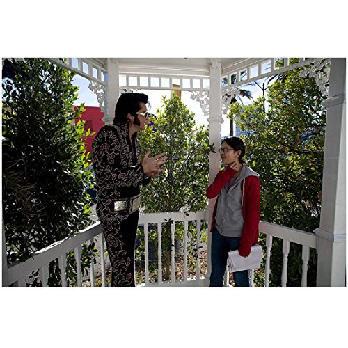 Charlyne Yi 8 inch x 10 inch Photograph Paper Heart (2009) w/Elvis on Porch kn