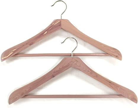 Amazon Com Cedar Elements Wide Coat And Suit Hangers 2 Pack Kitchen Dining