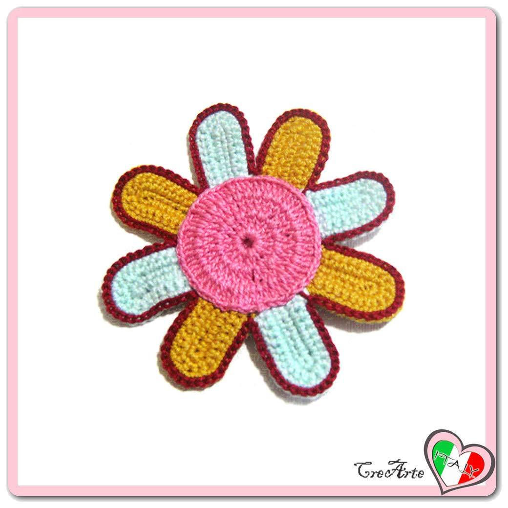Flor rosa, azul y mostaza para aplicaciones, broche o imán ...