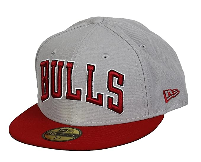 A NEW ERA Chicago Bulls NBA Equipo Gris Rojo de la Marca 59 Fifty Gorra de  béisbol  Amazon.es  Ropa y accesorios e01a89fed71