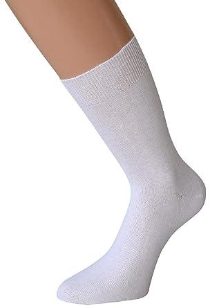 chaussette blanche homme et bottes