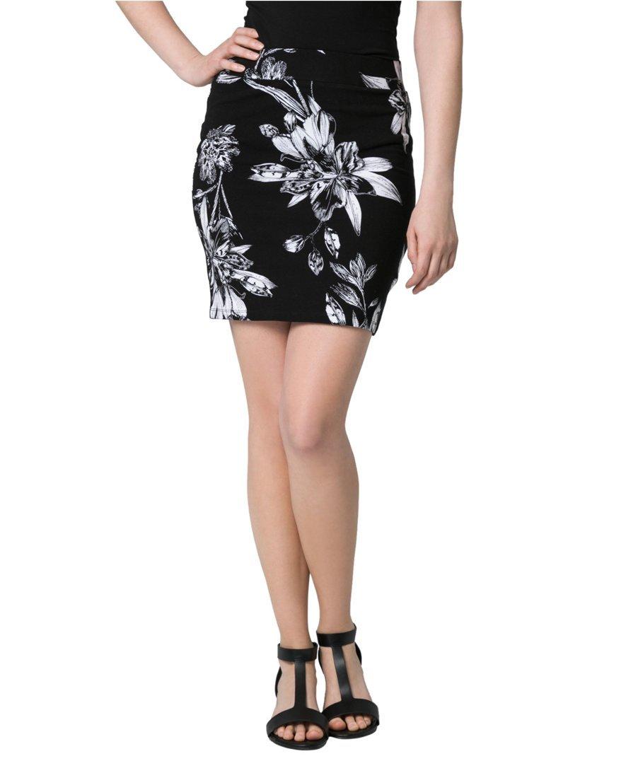 LE CHÂTEAU Women's Floral Print Jersey Mini Skirt,S,Black/White