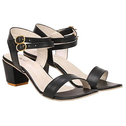 c7b9b6d174fe MISTO Vagon Women and Girls Block Heel Casual Sandal in Black  Buy Online  at Low Prices in India - Amazon.in