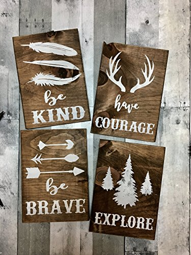Cheap rustic nursery décor, woodland theme nursery, nursery signs, deer antler décor, arrow decor