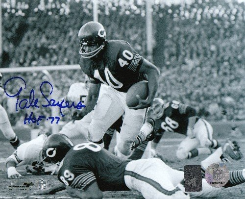 Gale Sayers Autographed/Signed Chicago Bears Black & White 8x10 Photo