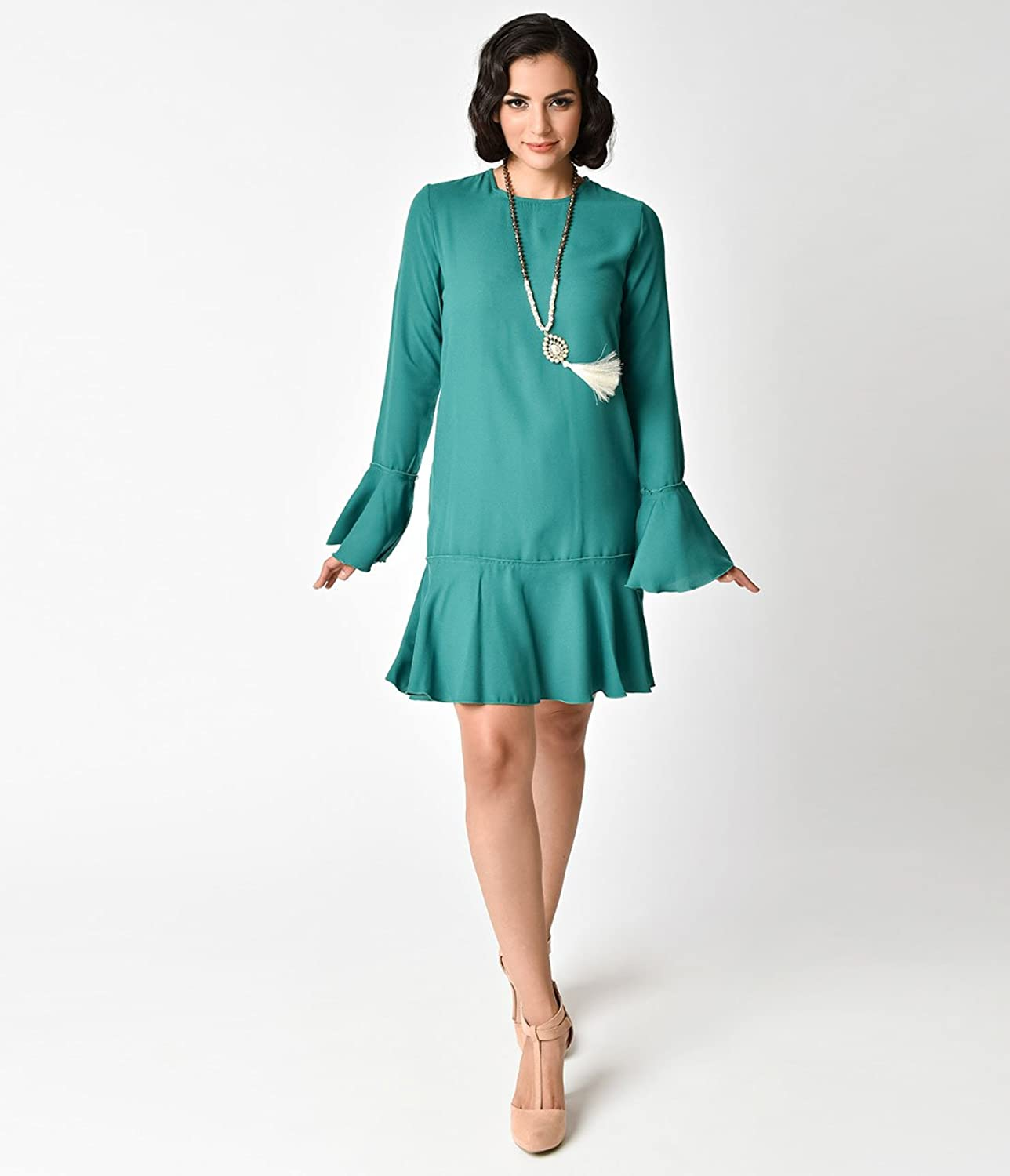1920s Style Deep Green Bell Sleeved Flapper Day Dress at Amazon ...