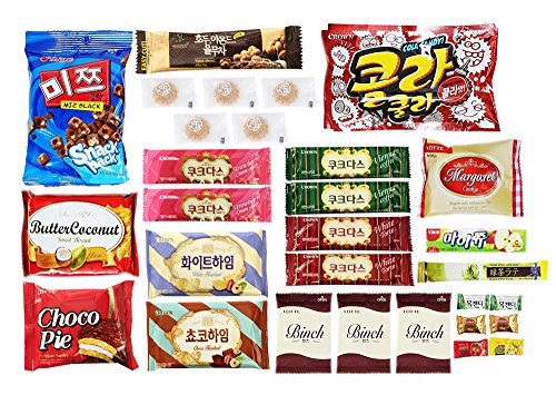 Korean Popular Snack  Cookies  Chips And Candies Variety Box  30 Count