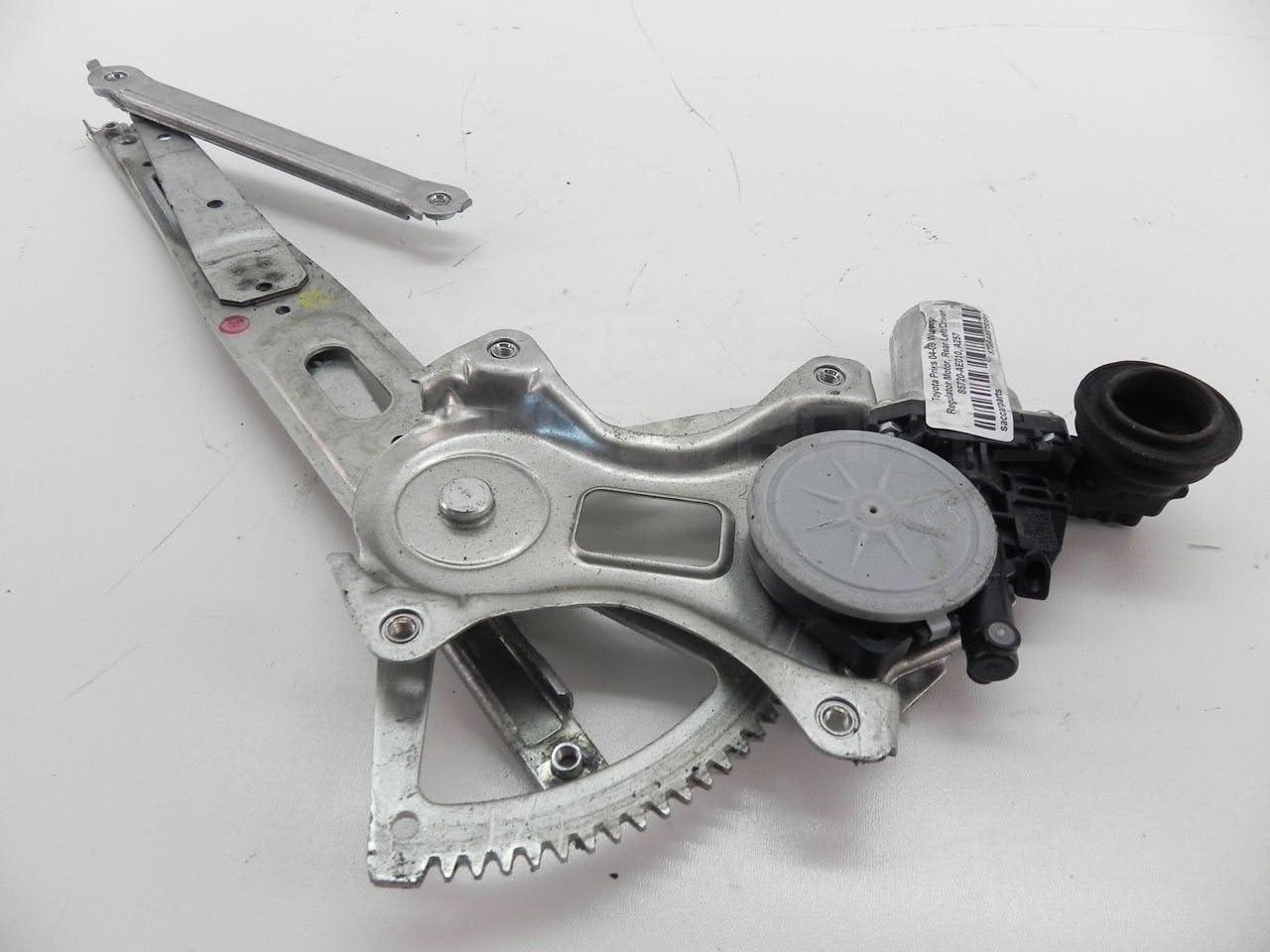 Genuine Toyota 85720-32150 Power Window Motor Assembly