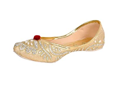 8b9e7740 Image Unavailable. Image not available for. Colour: Jodhpuri Golden Ethnic  Mojari Juttis Belly Wedding Shoes for Women