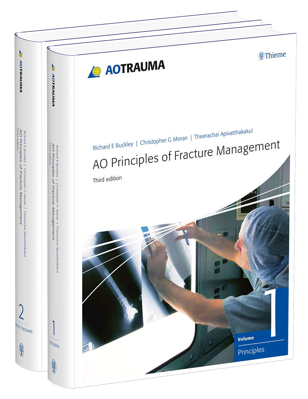 AO Principles of Fracture Management: Vol. 1: Principles, Vol. 2: Specific fractures by AO Publishing, Davos