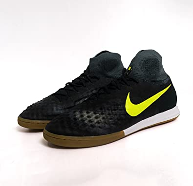 wholesale dealer 02818 9a041 Amazon.com   Nike Magistax Proximo II IC Mens Indoor Competition Football  Boots 843957 Soccer Cleats   Soccer