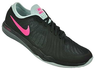 hot sales feb14 519d0 Nike W Dual Fusion TR 4, Baskets Basses Femme  Amazon.fr  Chaussures et Sacs