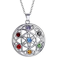 Designer Inspired Collier avec pendentif orné de pierres de guérison en cristaux Swarovski représentant les 7chakras