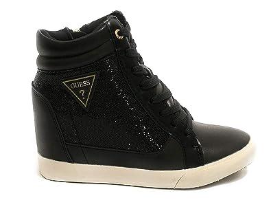 a774aa8214a Guess Baskets Compensées Femme Patty Noir  Amazon.fr  Chaussures et Sacs