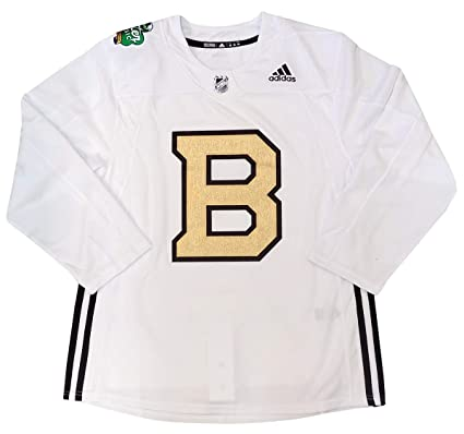 Amazon.com   adidas Boston Bruins 2019 Winter Classic Practice ... 6501c9fd2c6