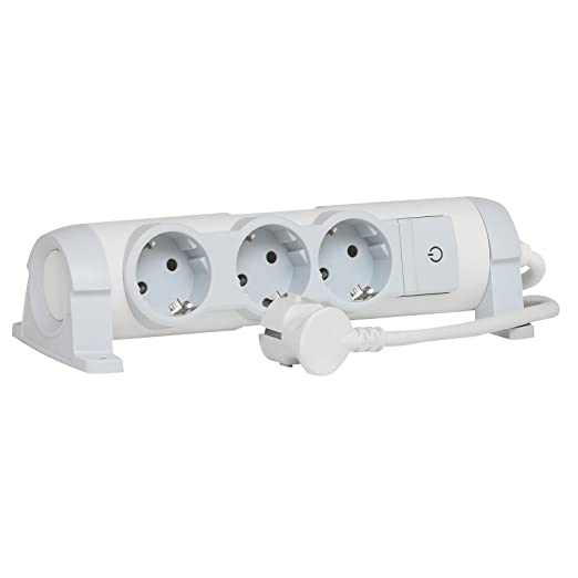 Legrand LEG50079 Rallonge avec bloc prises 5 x 2P T avec interrupteur cordon 1,5 m