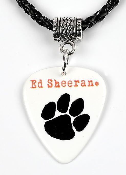 Ed Sheeran negro Paw Print Logo collar de púa de guitarra: Amazon ...