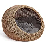 D+ Garden Wicker Cat Bed for Medium Indoor Cats - a Covered Cat Hideaway Hut of Rattan Houses Pets in Dome Basket - Washable