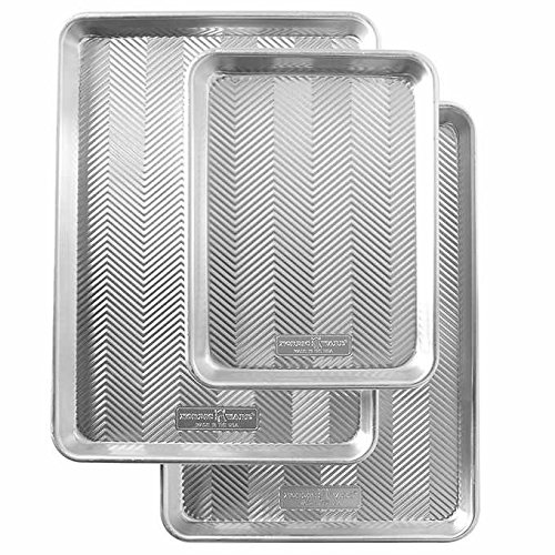 Nordic Ware Naturals Prism Durable, Scratch and Rust Resistant, Oven Safe 3-Piece Aluminum Baking Pan Sheets Set features Texture-Embossed Surface to Easy Release