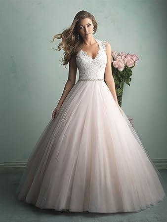 48565162e0a Amazon.com   Tailored Wedding Dress Any Size color Sleeveless V Neck  Ballgown Wedding Dress(Plus size)   Beauty