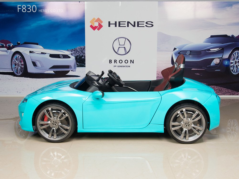 Henes Broon F830 with Tablet PC 12V Kids Ride On Car Battery Powered Wheels MP3 Remote Control RC Blue
