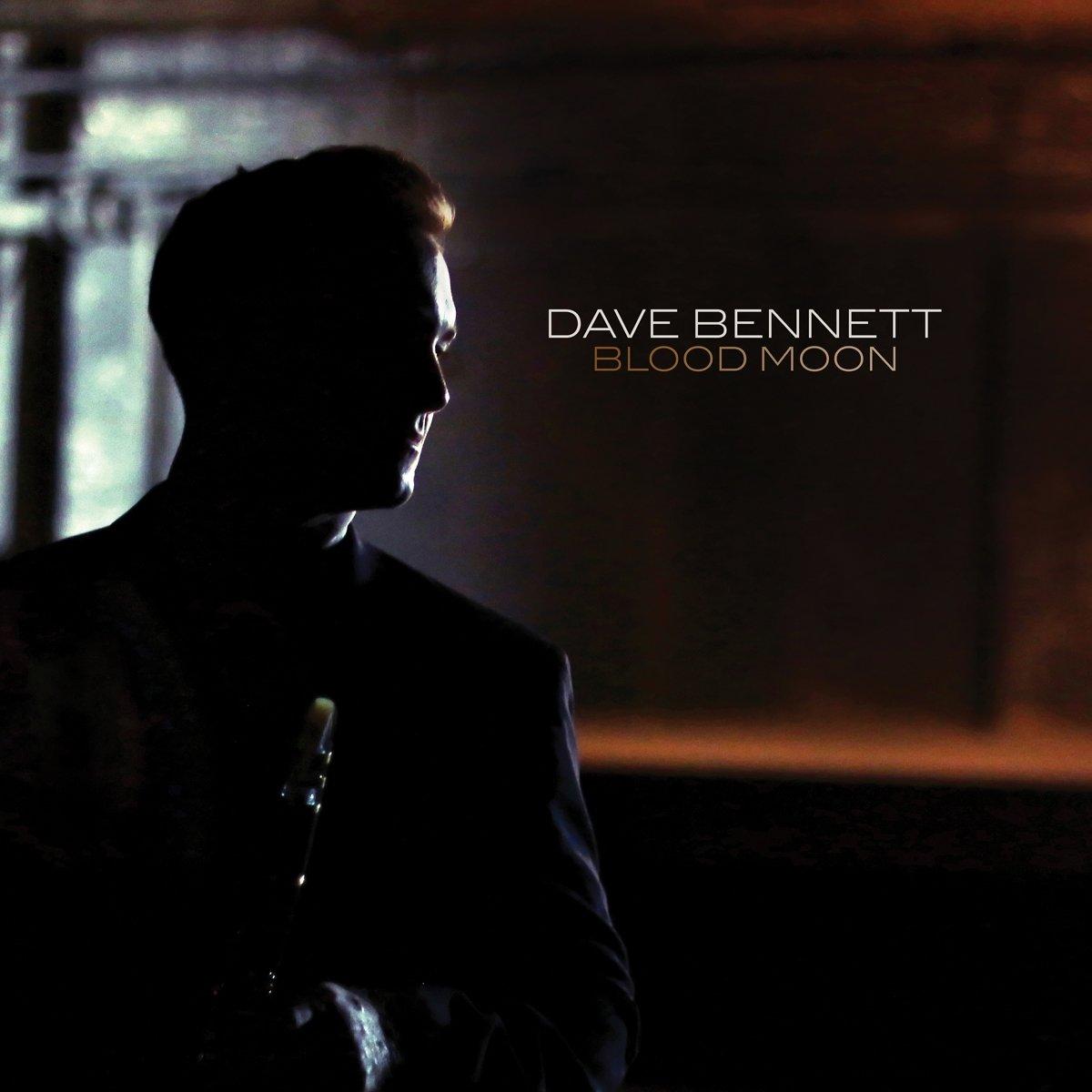 Dave Bennett - Blood Moon (Digipack Packaging)