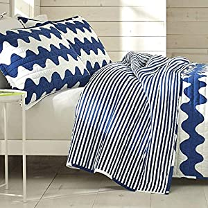 61SXenFEQzL._SS300_ Coastal Bedding Sets & Beach Bedding Sets