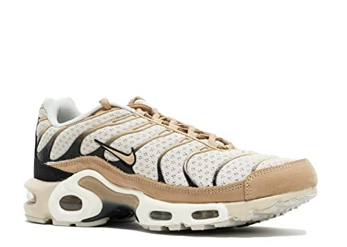 newest collection ed588 f5ba1 Amazon.com | Nike Mens Lab Air Max Plus Light Bone/Black ...