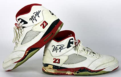 Bulls Michael Jordan Signed 1990 Game Used Nike Air Jordan V Shoes BAS