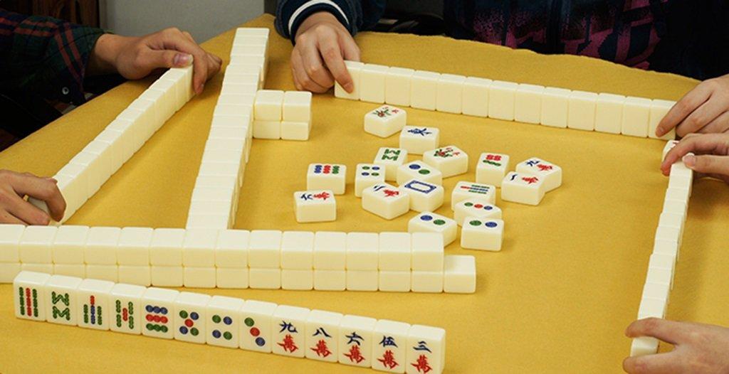 LI JING SHOP - - - Weiße Acryl Mahjong Karte, Haus Hand reiben große Mahjong, Größe: L-4.2  3.1  2.3CM ( Farbe : 001 , größe : L-4.23.12.3CM ) 829b08