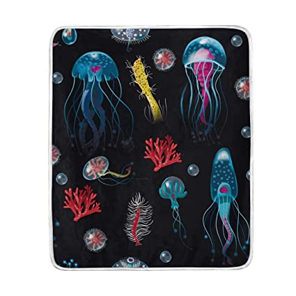 Amazon.com  Ocean Jellyfish Coral Throw Blanket for Couch Bed Living ... d144dae737