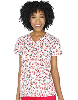 05ce6ce61eb Amazon.com: Christmas Rudolph The Red-Nosed Reindeer Scrub Top: Clothing