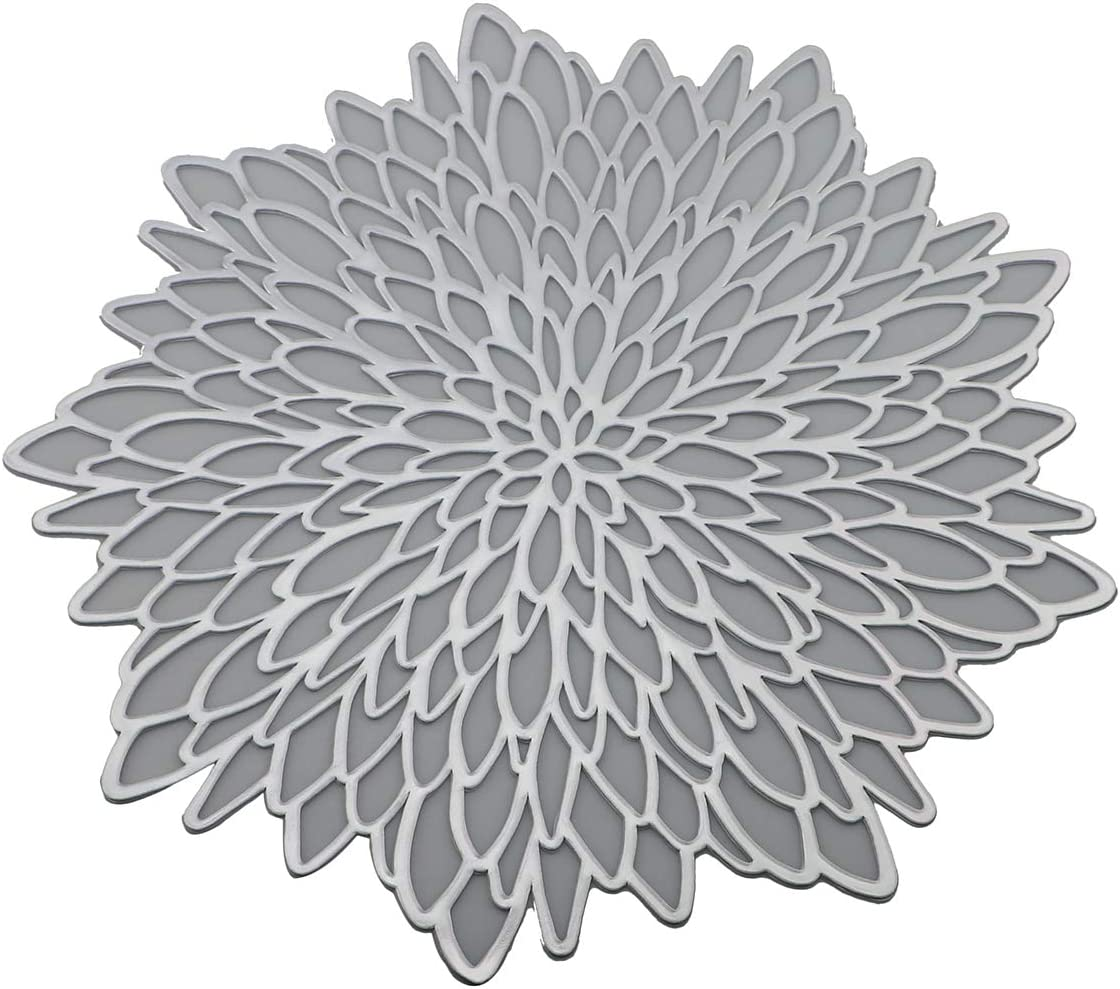 Gugrida Round Braid PVC Placemats Nature Vinyl Placemats Hollow Out Design Functional Mat for Dining Table Durable Non-Slip,Flower Insulation Kitchen Washable Table Mats (Silver, Placemats 6pcs)