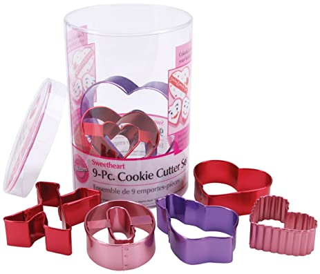 wilton valentine 9 piece color anodized cookie cutter set - Valentine Cookie