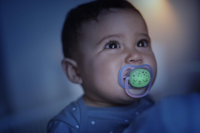 leuchten im Dunkeln blau//gr/ün Philips Avent ultra air Schnuller f/ür die Nacht 0-6 Monate SCF376//11 Doppelpack