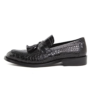 Classical Tassel Loafer for MenEmbossed pattern vamp special and fashional